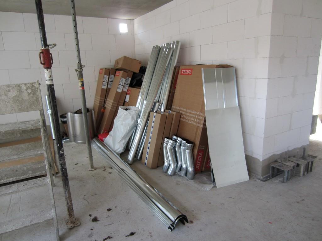 klempner und dach kommen bald wir bauen 39 am lusthaus 39. Black Bedroom Furniture Sets. Home Design Ideas