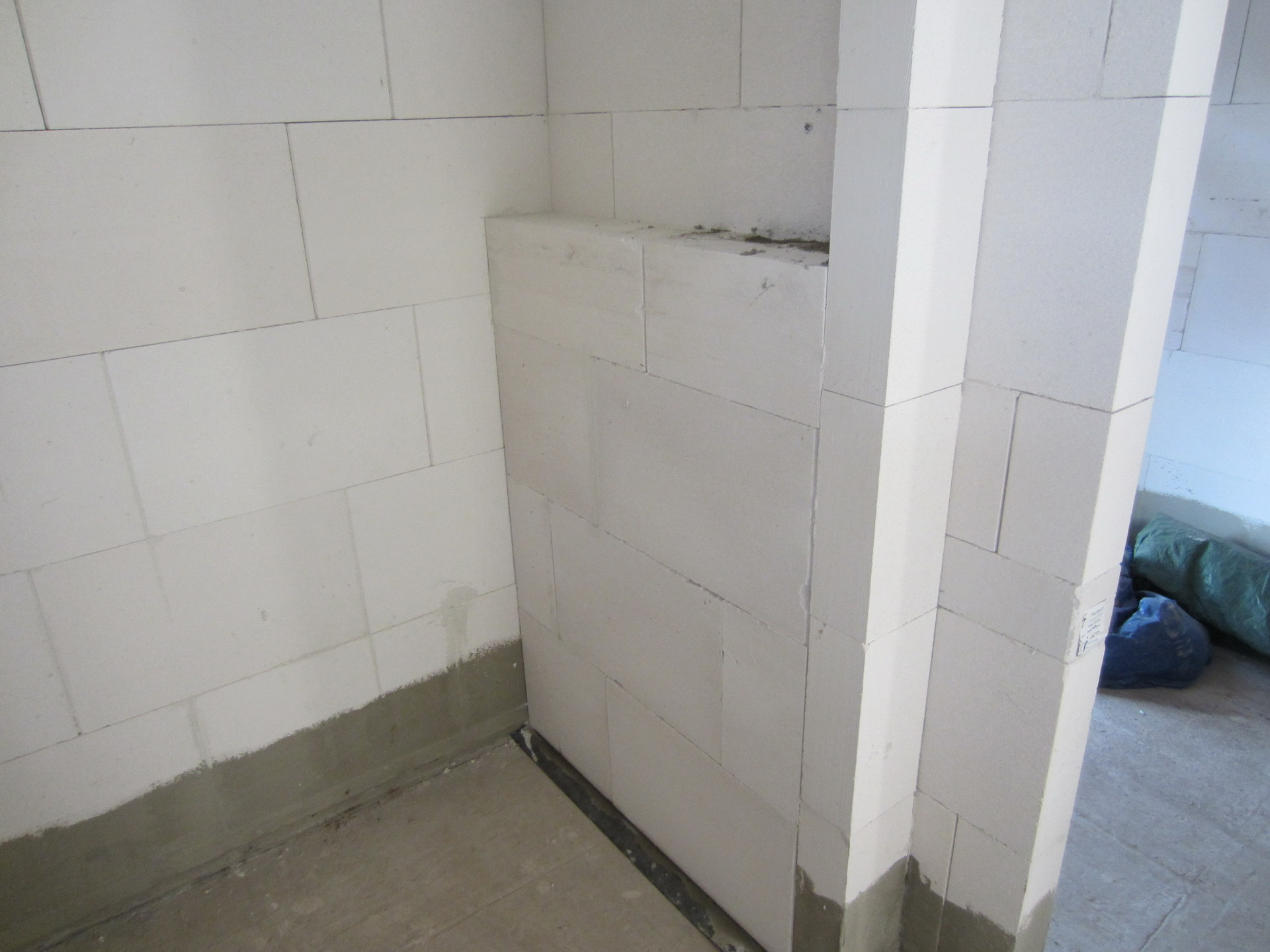 henry mz kg 300 und die maurers haben ihren letzten oder tag 28 und 29 wir bauen 39 am lusthaus 39. Black Bedroom Furniture Sets. Home Design Ideas